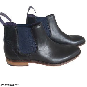 Ted Baker Camroon 4 Chelsea Boots NWOT w/ defect
